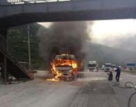 DEREKÖY - D-650 Karayolunda Hafriyat Kamyonu Yandı