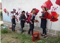 KıNA GECESI - Eko Turizm Köyü Çiçek Motifleriyle Süsleniyor