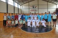 EKREM ÇALıK - Fethiye'de Protokol Özel Sporcularla Futsal Oynadı