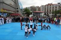 MİLLİ SPORCULAR - Gaziosmanpaşa Meydanı Spor Salonuna Dönüştü