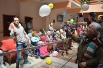 EGZERSİZ - Gençlerle Yaşlılar Birlikte Eğlendi