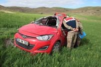 Öğretmenleri Taşıyan Otomobil Kaza Yaptı Açıklaması 3 Yaralı