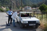 MUSTAFA KıLıNÇ - Ortaca'da Otomobilin Ön Camının Çalındığı İddiası