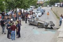 Otomobil Alt Yola Uçtu Açıklaması 2 Yaralı