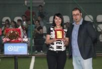 FUTBOL TAKIMI - Şendağ Durmaz, Turnuvanın En İyi Teknik Direktörü Seçildi
