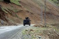 POLİS ÖZEL HAREKAT - Trabzon'da Terör Örgütü Mensupları İle Girilen Çatışmada Yaralanan Uzman Çavuş Şehit Oldu