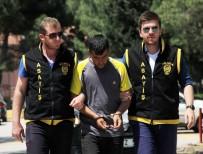 KAPKAÇ - Uyuşturucu Bağımlısı Kapkaççı Polisten Kaçamadı