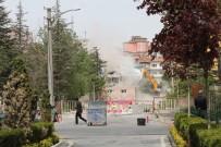 38 Yıllık Devlet Hastanesi Yıkılıyor