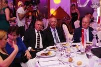 NURETTIN ÖZDEBIR - Başkan Fethi Yaşar, Genç İşadamları İle Baloda Buluştu