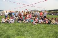 Çocuk Oyunlarında Dereceye Girenlere Başkan Uysal'dan Bisiklet