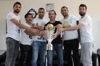 ÇORUM BELEDİYESPOR - Cüneyt Biçer Açıklaması 'Bu Şampiyonluk Yukarı Doğru Çıkışın Başlangıcı Olacaktır'