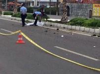 Denizli'de Motosiklet Kazası Açıklaması 1 Ölü, 1 Ağır Yaralı