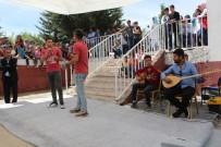 Depremzedeler Ses Yarışması İle Moral Buldu