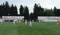 AYHAN AKMAN - Efsaneler UEFA Kupasının Yıl Dönümünde Maç Yaptı