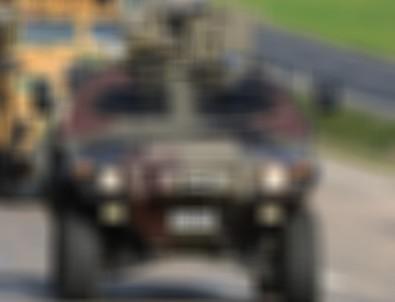 Hatay'da otomobille askeri araç çarpıştı
