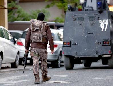 İstanbul merkezli 16 ilde polislere ByLock operasyonu