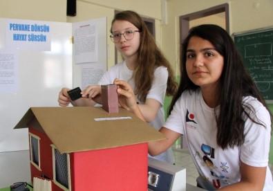 Liseli kızlardan soba zehirlenmelerini önleyecek buluş