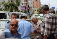 YAŞLI ADAM - Nazilli'de Trafik Kazası Açıklaması 1 Yaralı