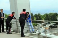 İŞ KAZASI - Parasını Alamayan İşçi Köprüden Atlamak İstedi