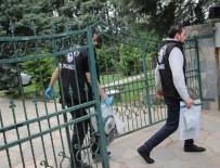 LAV SİLAHI - Suç Örgütü Lideri Sedat Şahin'in Evinden Cephanelik Çıktı