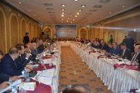 BAĞDAT BÜYÜKELÇİSİ - Türkmenlerin Geleceği Bağdat'da Masaya Yatırıldı