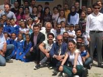 KARDEŞ OKUL - Üniversite Öğrencilerinden Kardeş Okullarına Kırtasiye Yardımı