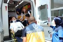 Ünlü Şarkıcı Kazada Yaralandı