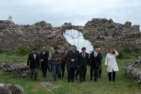 CEMAL ŞAHIN - Vali Azmi Çelik, Karacaşehir Mahallesi'ni Ziyaret Etti