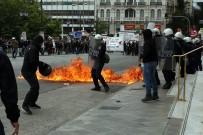 KEMER SIKMA - Yunanistan Sokağa Döküldü