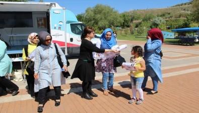 Aksaray'da Dünya Hipertansiyon Günü'nde Vatandaşlar Bilinçlendiriliyor