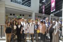 ANNELER GÜNÜ - Anneler, Çektikleri Fotoğrafları Forum Mersin'de Sergiledi