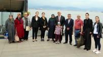 FIRAT KALKANI - Başkan Karaosmanoğlu, Şehit Aileleriyle Buluştu