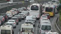 MECIDIYEKÖY - Bayram tatili İstanbul trafiğini kilitledi