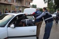 METRO İSTASYONU - Bursa'da Zehir Tacirlerine Nefes Kesen Şafak Operasyonu