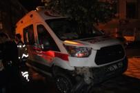 Elazığ'da Ambulans İle Otomobil Çarpıştı Açıklaması 2 Yaralı