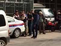 MEHMET KAYA - İznik'te Motosiklet Kazası Açıklaması 1 Yaralı