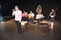 TÜRK DİLİ VE EDEBİYATI - Kahta Fen Lisesi Öğrencilerinden Şiir Ve Müzik Dinletisi