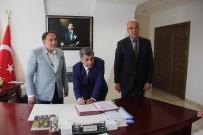 CEMİL MERİÇ - Karabağlar'da Bin Öğrenciye Ücretsiz Eğitim
