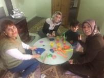 Kemah'ta 'Okulum Uzakta Öğretmenim Yanımda' Projesi Hayata Geçti