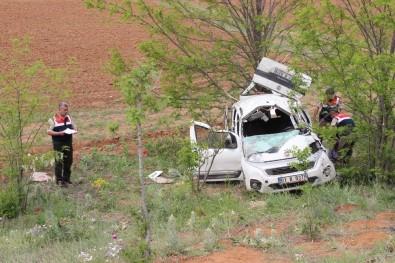 Mezuniyet Törenine Giden Aile Kaza Yaptı Açıklaması 1 Ölü, 4 Yaralı