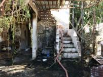 HAKAN DEMIR - Milas'ta Yangın Mağduru Aileye Yardım