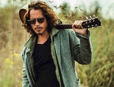 Ünlü müzisyen Chris Cornell'in 'kendini asarak intihar ettiği' açıklandı