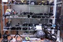 NOSTALJI - Akıllı Telefonlar Mekanik Fotoğraf Makinesi Piyasasını Bitiriyor