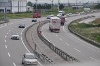 EDREMİT KÖRFEZİ - Bursa-İzmir Yolunda 3 Günlük Tatil Yoğunluğu