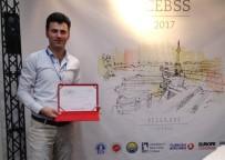 DUMLUPıNAR ÜNIVERSITESI - DPÜ Öğretim Görevlisi Özkan, Uluslararası Konferansta Sunum Gerçekleştirdi
