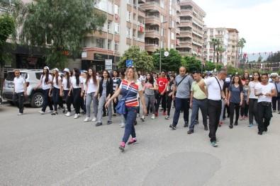 Hatay'da Gençlik Yürüyüşü