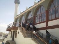 DEPREM - İmam-I Şafii Camii'nde İlk Cuma Namazı