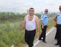 HAYVAN PAZARI - Kahraman Polis Suda Mahsur Kalan Yaşlı Adam İçin Hayatını Tehlikeye Attı