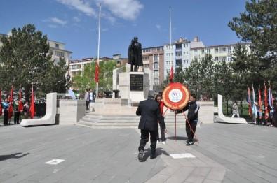 Kars'ta 19 Mayıs Törenle Kutlandı