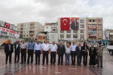 Kilis'te ADD Ve CHP'den Alternatif Çelenk Sunma Töreni